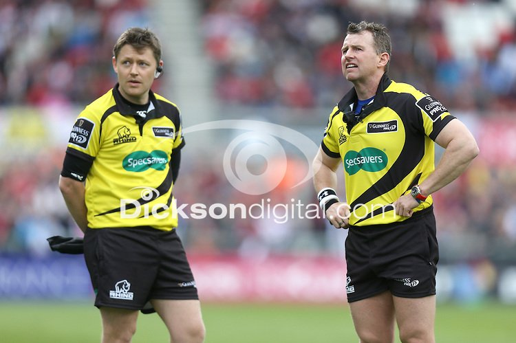 ULSTER vs MUNSTER | Saturday 9th May 2015 Touch judge Nigel Correll and referee Nigel Owens watch a reply on the big screen during the Guinness Pro12 clash between Ulster Rugby and Munster Rugby at the Kingspan Stadium, Ravenhill Park, Belfast. Picture credit: John Dickson / DICKSONDIGITAL